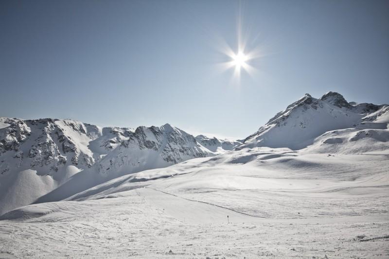 Schnee und Berge in Österreich
