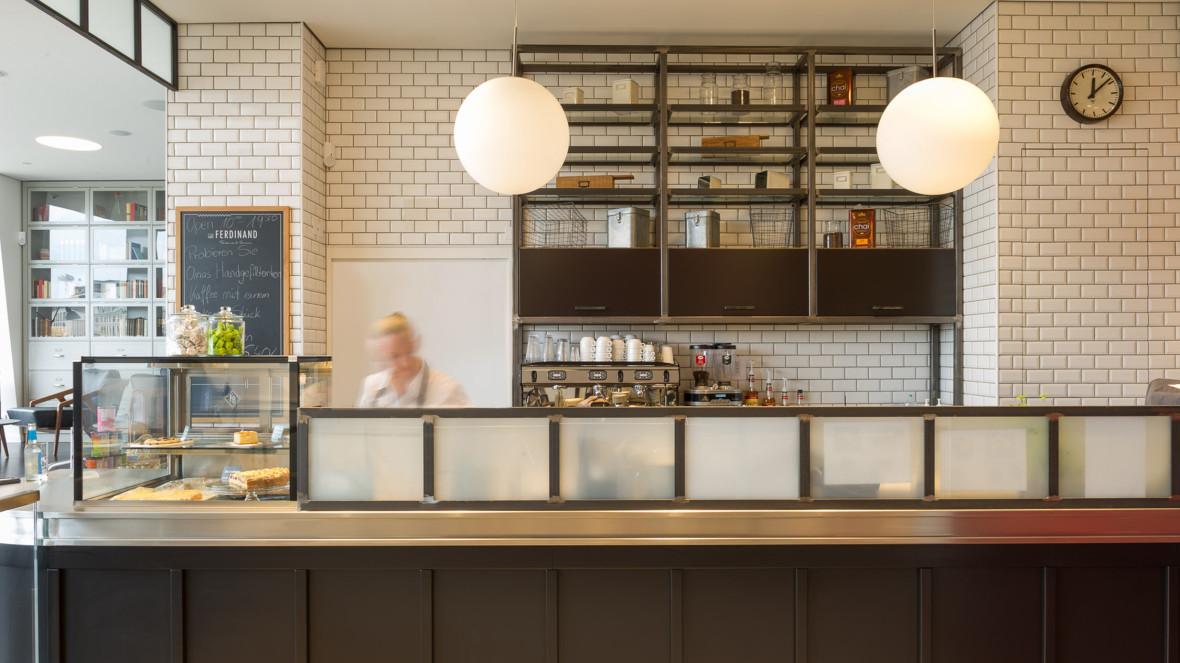 caf ferdinand branding interior design f r das caf im neuen vodafone flagship store hamburg. Black Bedroom Furniture Sets. Home Design Ideas