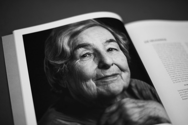 Schöne Weisheiten – Weise Schönheiten, Frauen im Licht der Einmaligkeit (4)