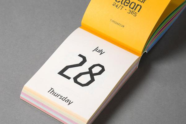 Typodarium 2016 – The Daily Dose of Typography (17)