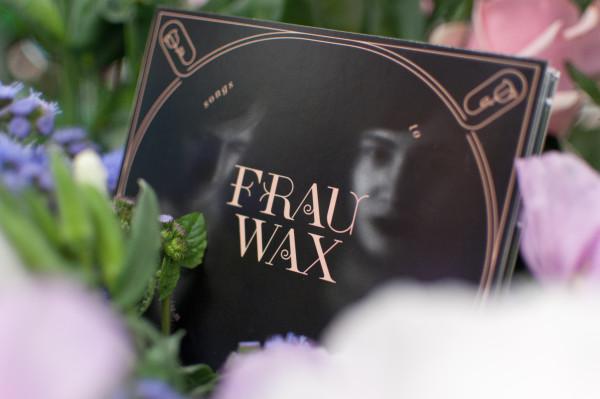Frau Wax – Erscheinungsbild für eine Band (12)
