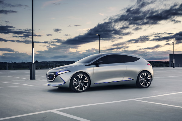 Concept Electric Intelligence Athlet – Mercedes (4)